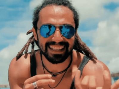 Le chanteur algérien Djam rend hommage aux détenus d'opinion