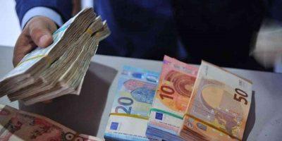 Algériens devise marché noir