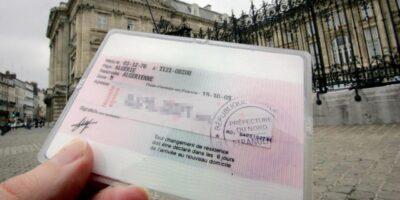 France Algériens titre séjour